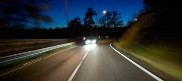 Vožnja ponoči: bodite varni tudi med vožnjo ponoči