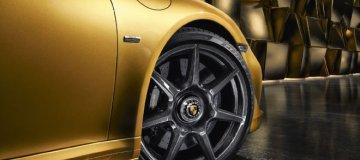 Porsche 911 s kolesi iz ogljikovih vlaken