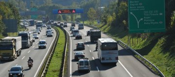Kaj storiti v primeru vožnje v napačni smeri?