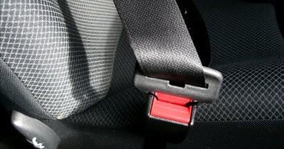 Varnostni pas v avtu
